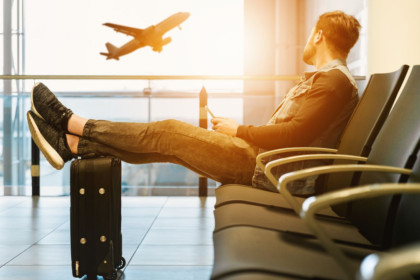 The way you eat these 5 foods can help you beat jetlag