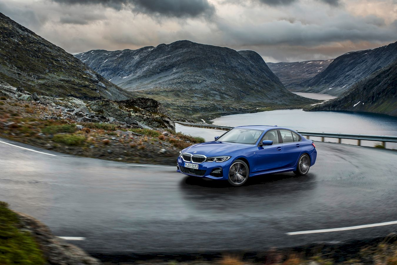 Car review: Here's how the 2019 BMW 3 Series outperforms others in its class