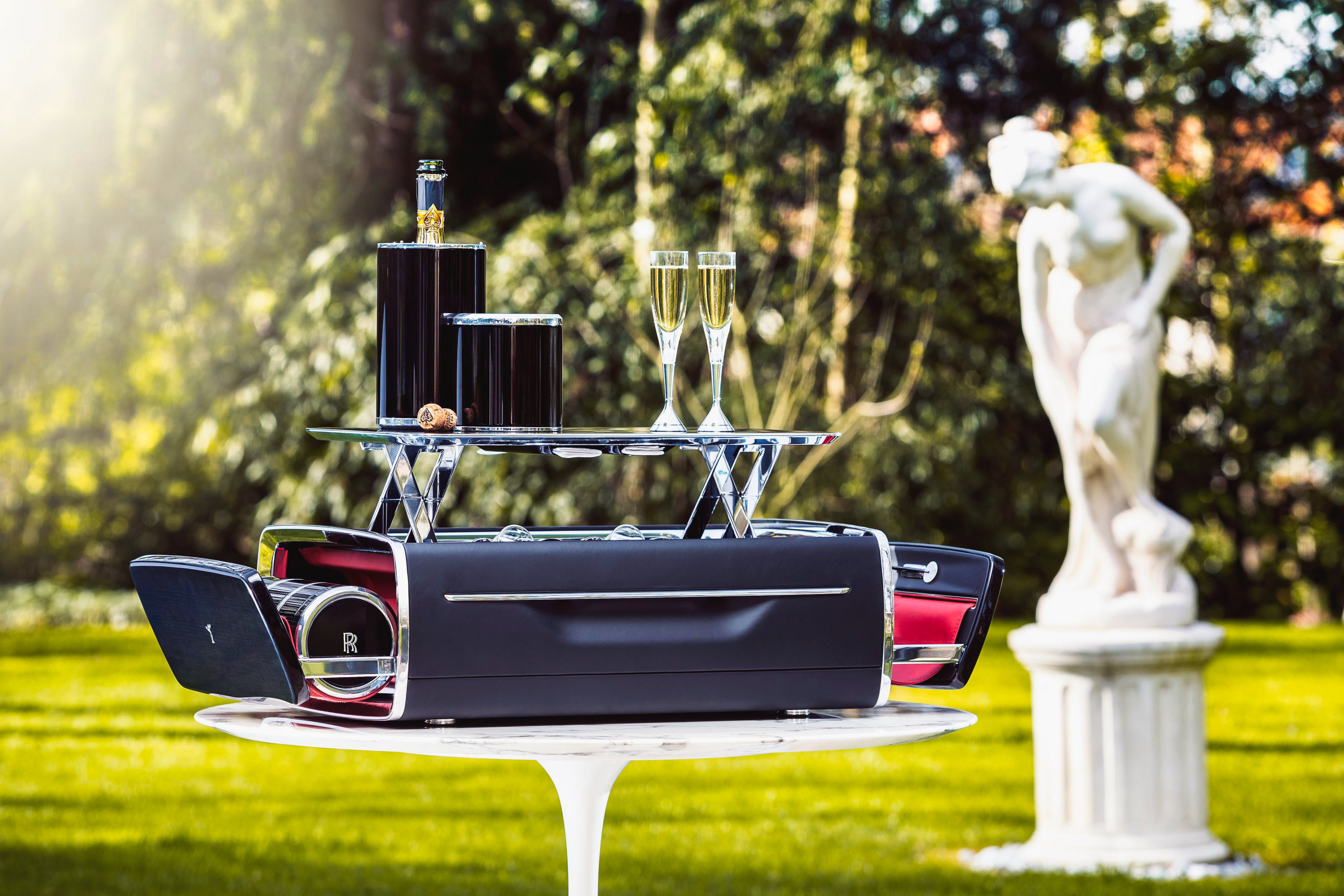 Rolls-Royce is making picnics cool again with this new champagne chest