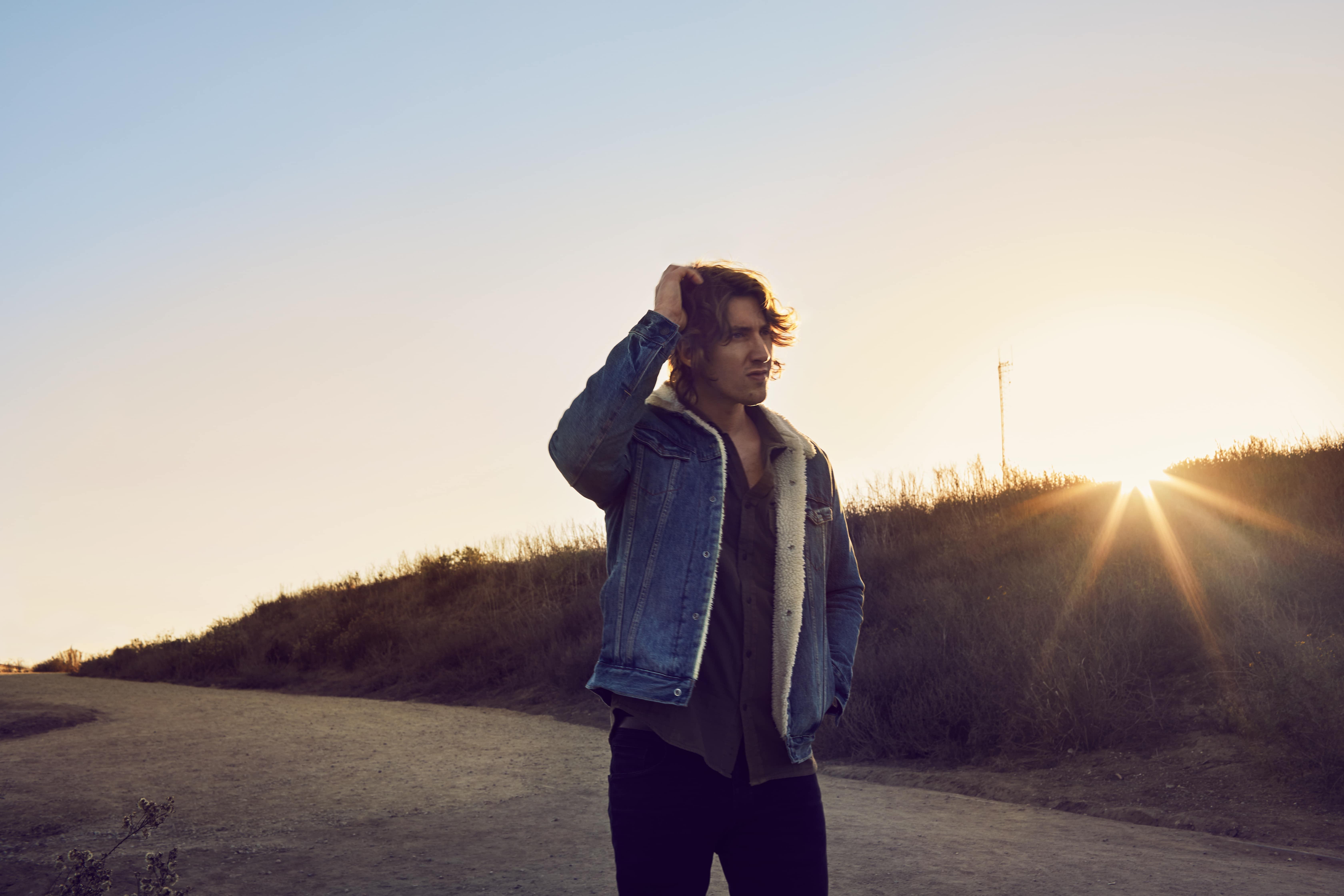 A Place We Knew: Dean Lewis Discusses His Debut Album
