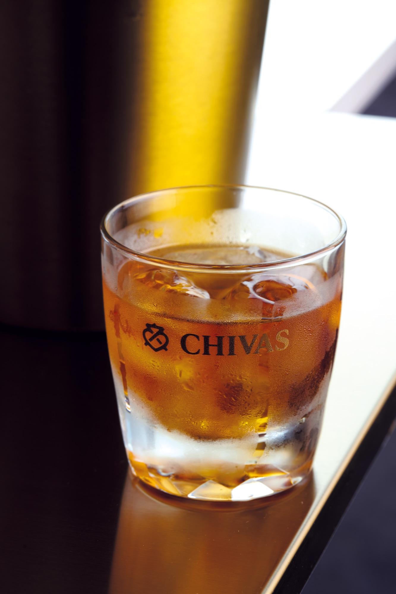 Effortless whisky-based DIY cocktails with Chivas – Part 2
