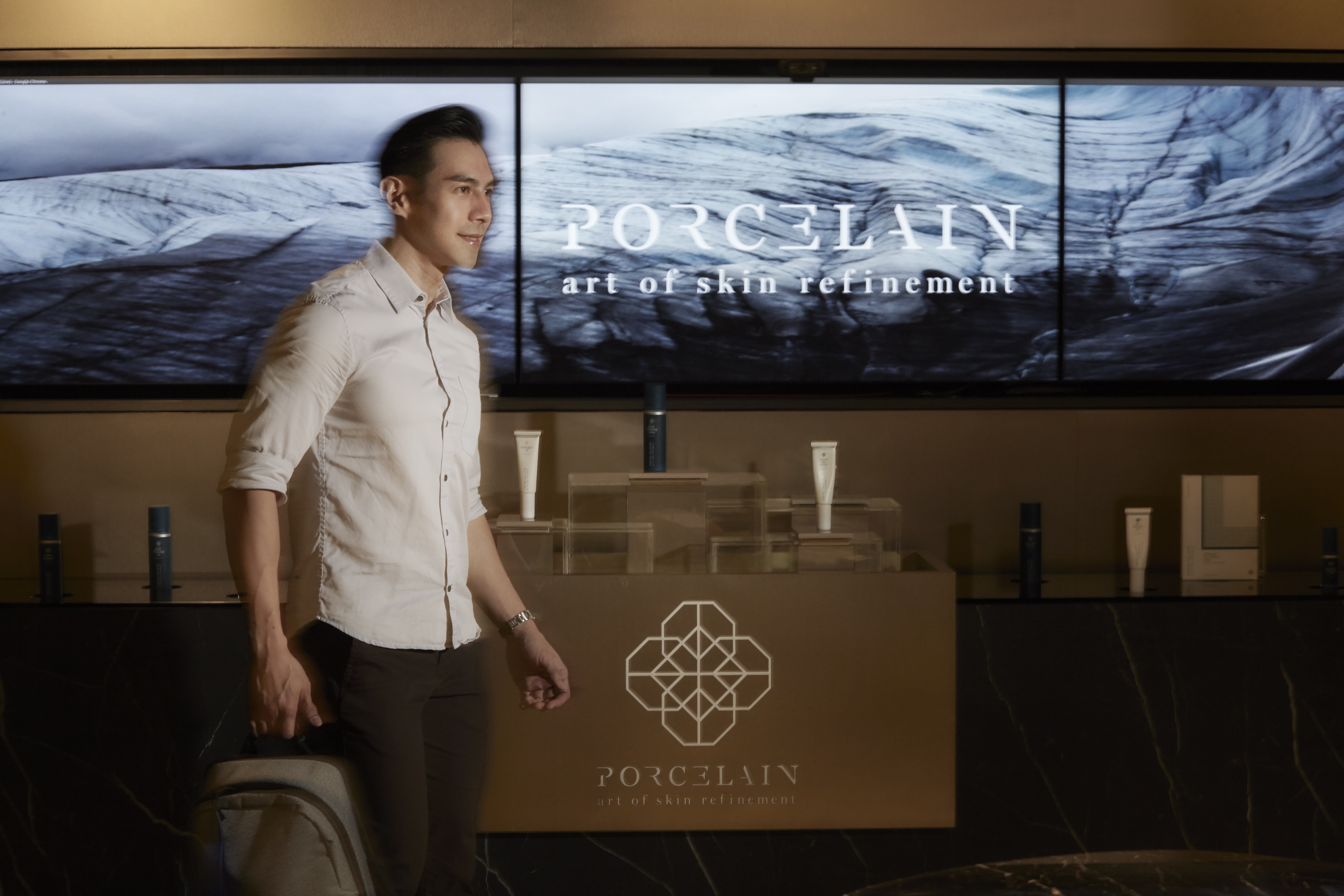 Paulo Atienza Tries Out Porcelain's CO2 Skin Renewal Treatment