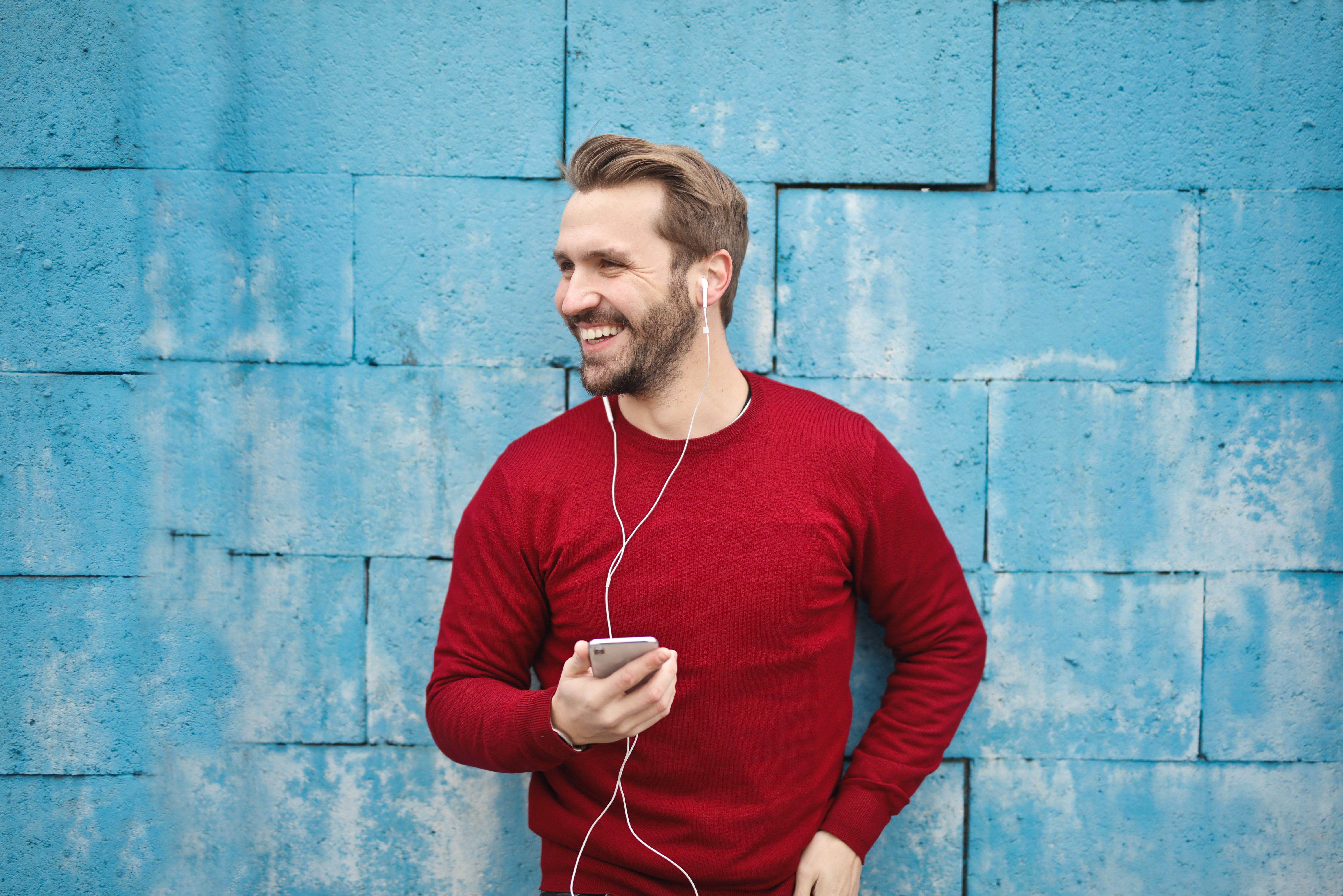 5 Podcasts For The Stylish Men Of Today To Tune Into