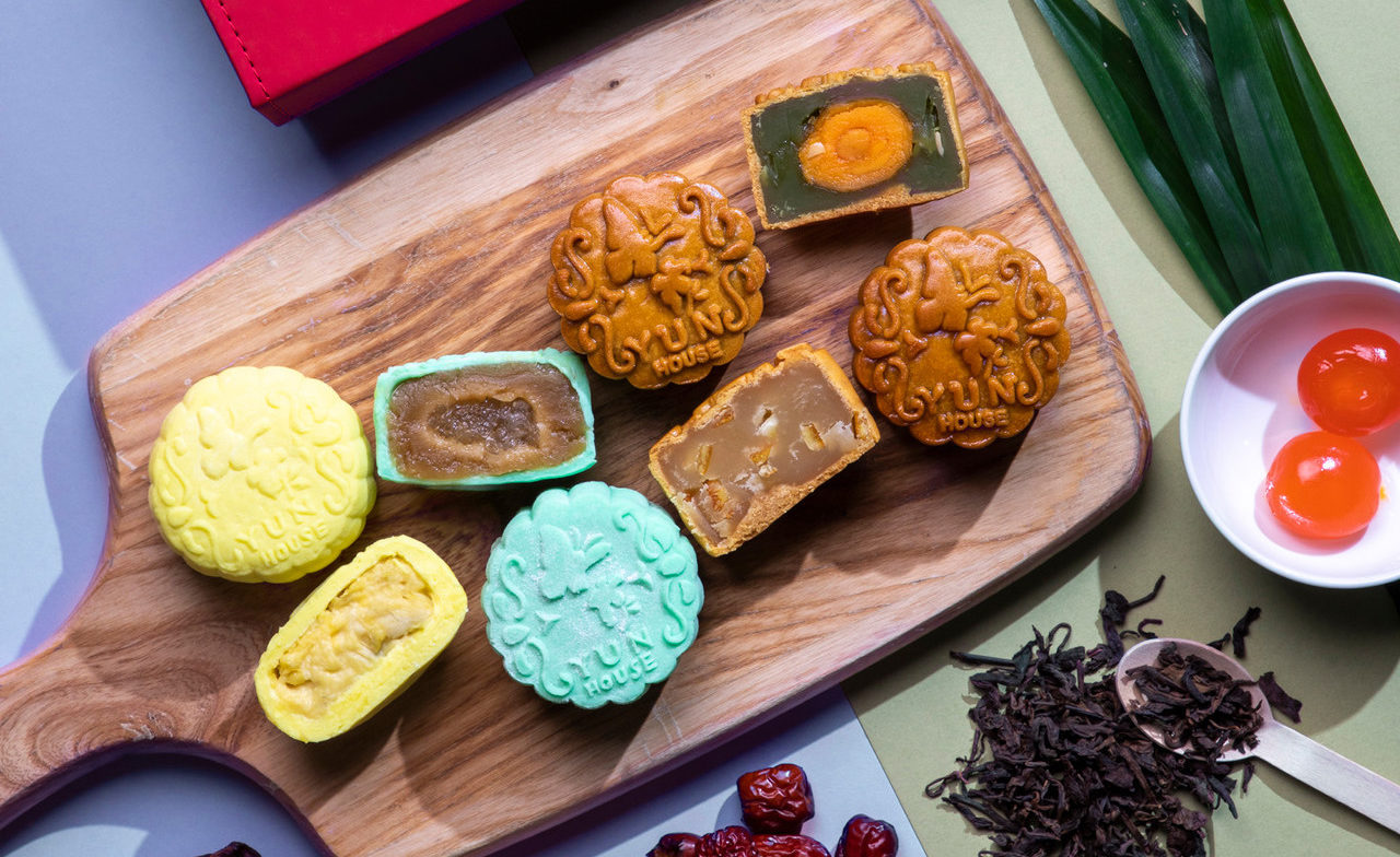 14 Hotels Around KL To Get Mooncakes For Mid-Autumn Festival 2021