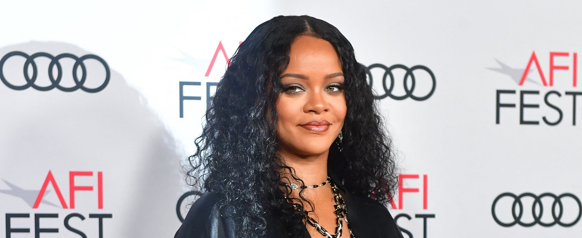 Rihanna Just Became A Billionaire And Its Not Just Because Of Music