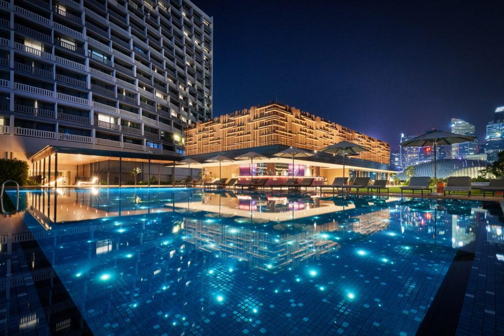 Parkroyal Collection Marina Bay pool