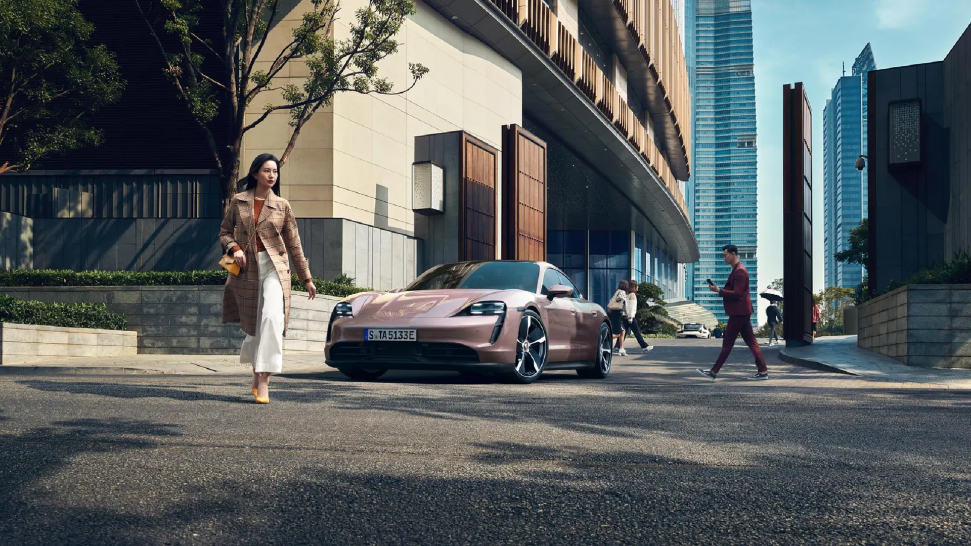 Porsches & Planes —  Check Out Bill Gates' Automotive Toys