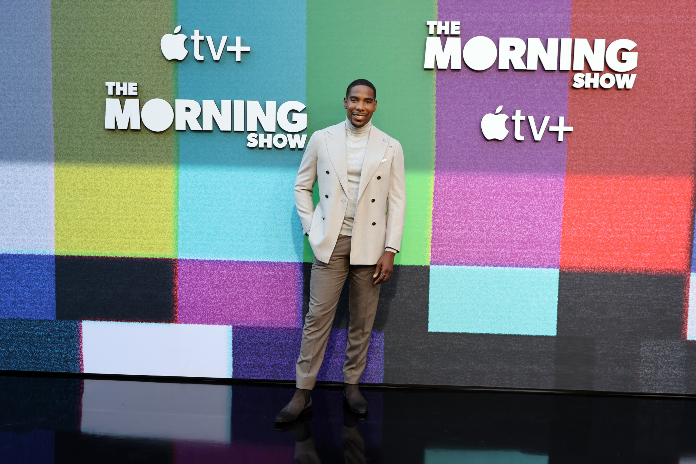 The Morning Show Season 2: Desean Terry On His Character Being In The Middle Of The COVID Crisis
